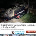 I Carabinieri gli ritirano la patente, lui gli ribalta l'auto con la ruspa